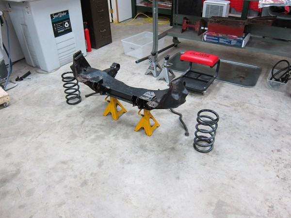 front-suspension-xj6-015